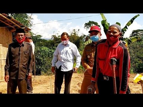 Peletakan Batu Pertama Bedah Rumah Program Baznas oleh Bupati Lampung Barat H. Parosil Mabsus