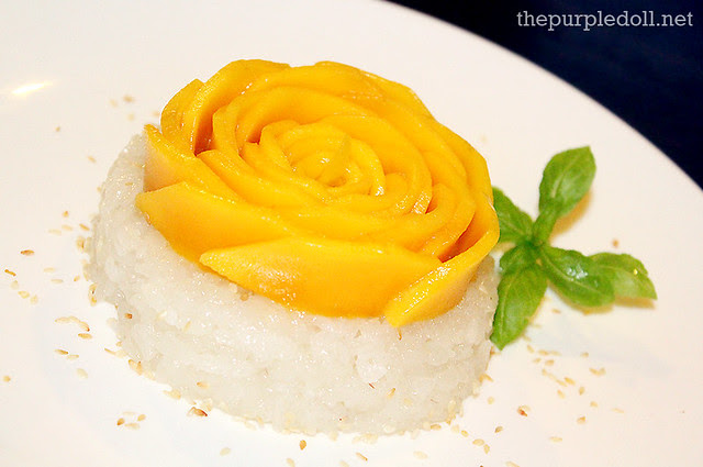 Khao Niaow Ma Muang - Mango with Sticky Rice (P260)