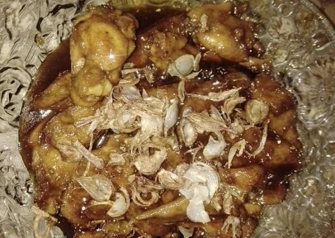 Bagaimana Membuat Semur Ayam ala Ulan Anti Gagal