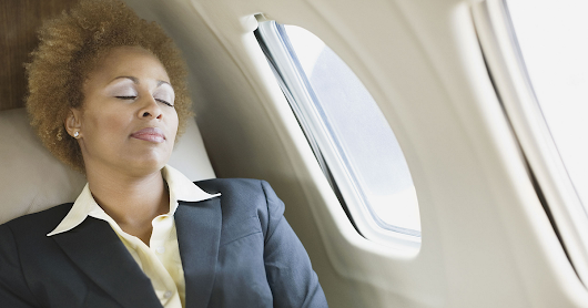 How to Avoid Neck Pain on an Airplane