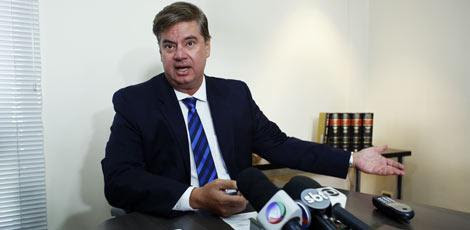 Advogado Ademar Regueira lembra que norma de repasses de verbas nesses casos não é clara / Igo Bione/JC Imagem