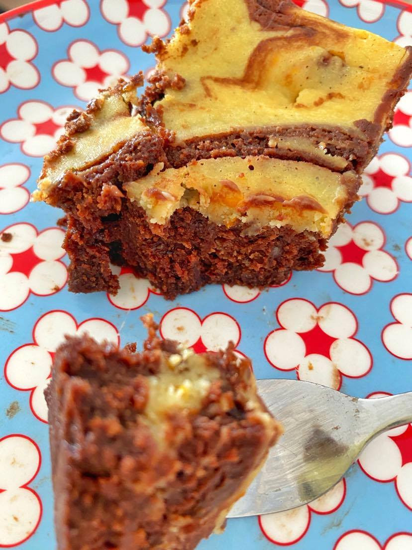 Mail Order Cake: A Guide To The Best Postal Treats (UK)