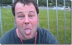 Caged 1845038c thumb بريطاني يسجن بعد إنشاء 36 مدونة يهاجم فيها صديقته !!!!!