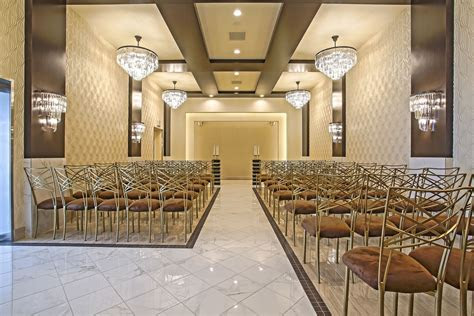 Modern Chic wedding chapel in Las Vegas. Affordable Las