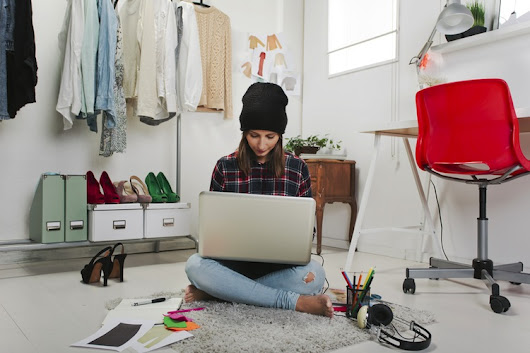 Leave your job and become a full time freelancer