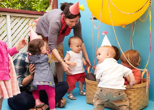 Kids Hot Air Balloon Photobooth Diy