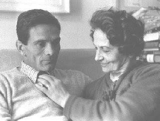 Pasolini con la madre Susanna Colussi