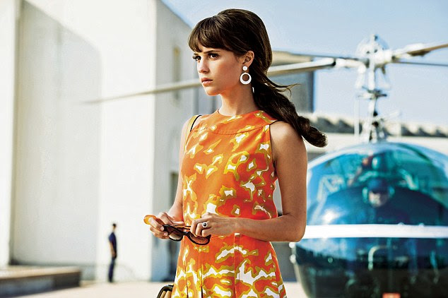 The Man From U.N.C.L.E. is crying out for a charismatic someone – anyone! – to seize it by the neck and shout 'Watch me, I'm really good', as Downey Jr did with Sherlock Holmes. But nobody does