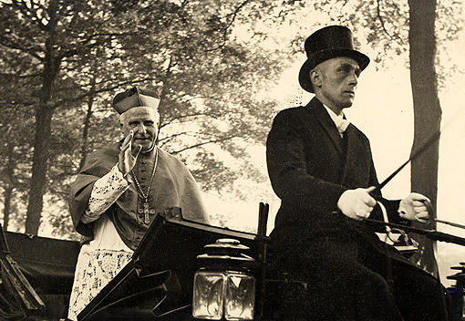 Bl. Cardinal Clemens in his carriage.
