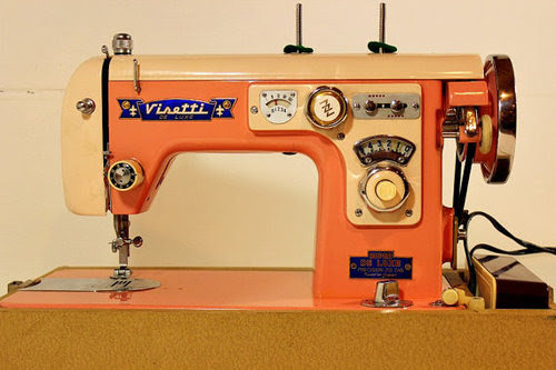 Choosing a Vintage Sewing Machine