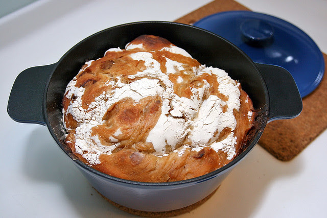 IKEA SENIOR Casserole good for no-knead breads