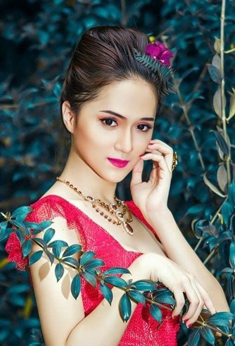 Huong Giang, Vietnam