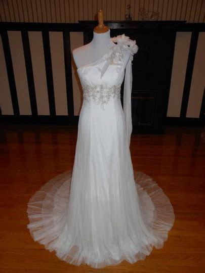 Beige Sample Destination Wedding Dress Size 18 (XL, Plus