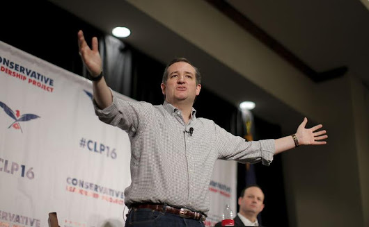 Texas lawyer sues Cruz to challenge eligibility