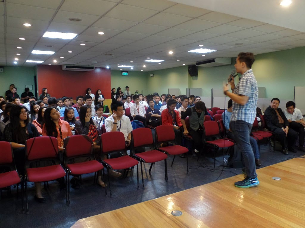 VoiceMaster talks about Personal Branding in iMarketing Seminar