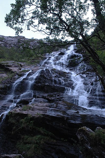 File:UK-Scotland-Glen Nevis-Steall Waterfall-2006.jpg
