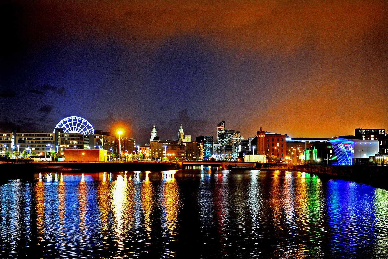 DOWN ON THE STREET: Liverpool | Gigslutz