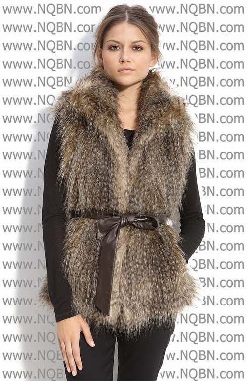 Fur_coats_7_large