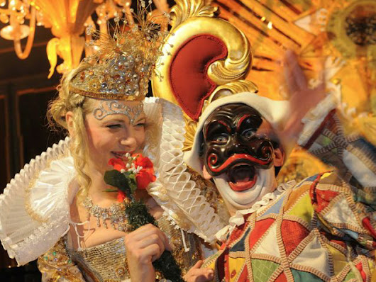 Spensieratezza Italian word for Carefree Venice Carnival and Costumes