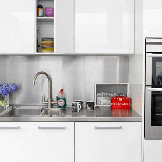15 Contemporary Kitchen Designs With Stainless Steel: Modern French Kitchens Splash Back