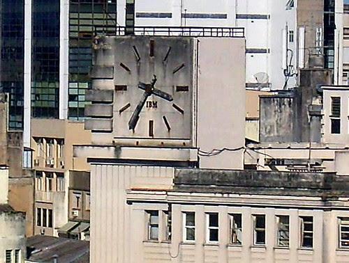 Edifício do Relógio parado