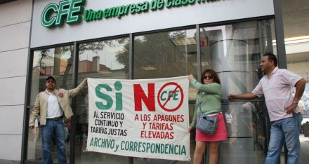 Protesta contra la CFE en el DF. Foto: Hugo Cruz