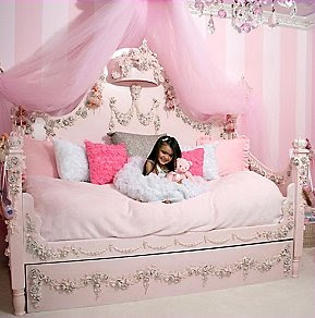 How to create princess themed bedroom | Interior Design Blogs