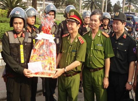 Phạm Qúy Ngọ, cảnh sát