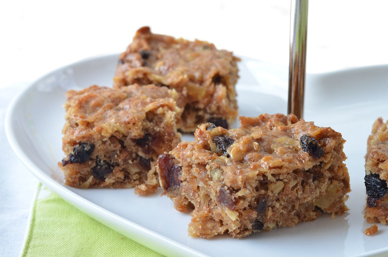 Cinnamon Apple Muesli Squares