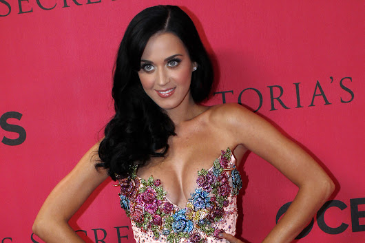 Katy Perry 'erases John with hypnotherapy'