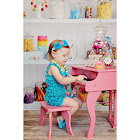 Schoenhut Fancy Baby Grand Piano - Pink