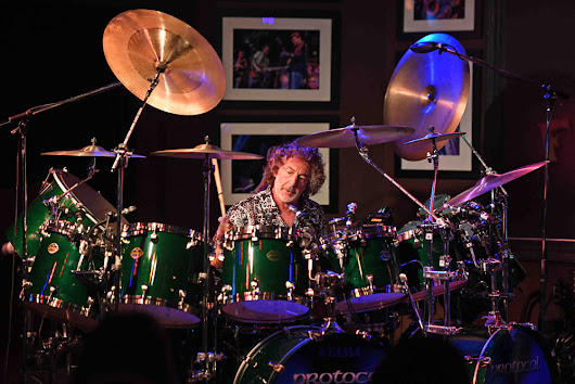 Concert Review: Simon Phillips - The Funky Biscuit, Boca Raton, FL - The Prog Report