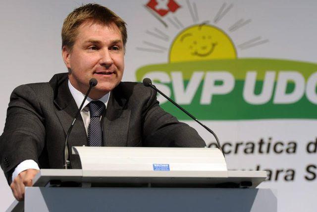 «Geht die Einwanderung so ungebremst weiter wie bisher, kommen wir nicht um den Bau neuer Kernkraftwerke herum»: Parteipräsident Toni Brunner.
