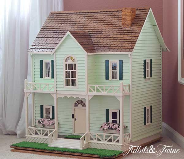 Tidbits&Twine Handmade Dollhouse
