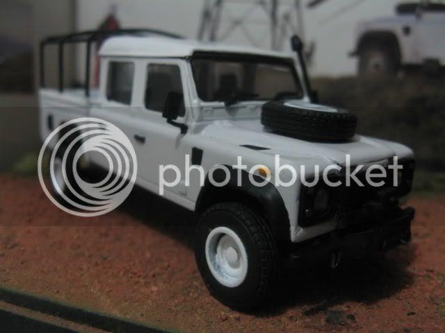 daniel 39 s mini world land rover defender 130 double cab. Black Bedroom Furniture Sets. Home Design Ideas