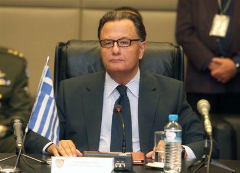 Οι Τούρκοι και ο Έλληνας υπουργός Εθνικής Άμυνας