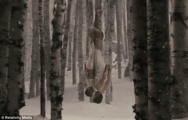 ...  mas eles logo se vingar por hm amarrar em uma árvore