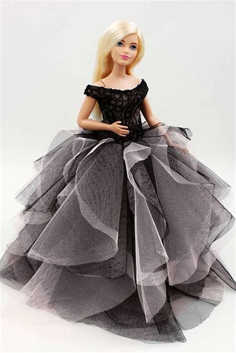 25  best ideas about Barbie doll accessories on Pinterest