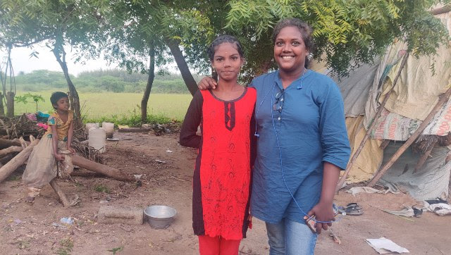 Krithika Srinivasan with Bhuvaneshwari, a first generation Irula student who received a community certificate after Krithika's reportage. Bhuvaneshwari wasn't allowed into school because she had no certificate. Greeshma Kuthar/Firstpost
