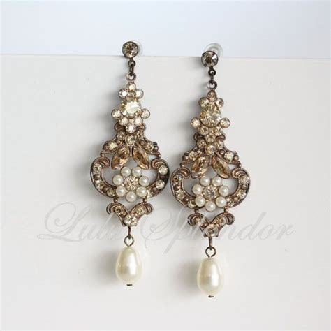 Chandelier Wedding earrings Vintage Bridal Earrings