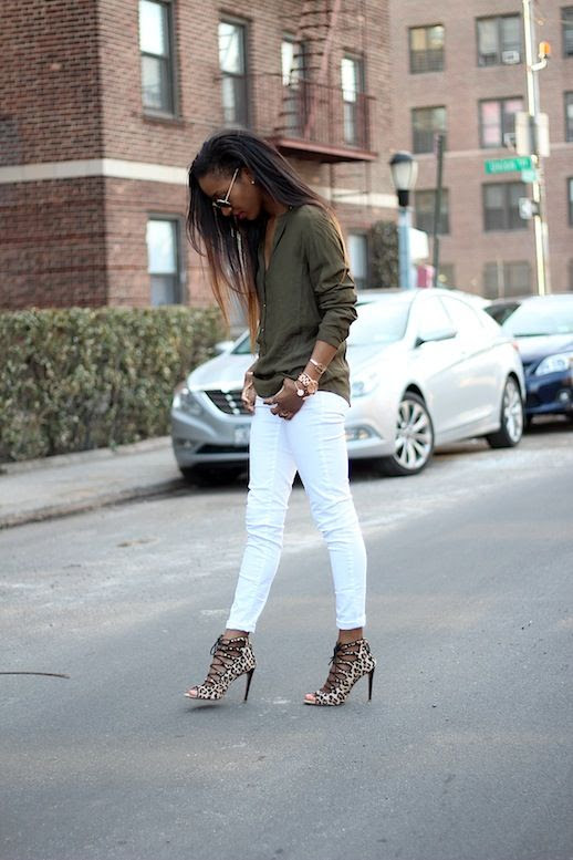8 Le Fashion Blog 30 Fresh Ways To Wear White Jeans Green Button Down Shirt Leopard Lace Up Heels Style Nina photo 8-Le-Fashion-Blog-30-Fresh-Ways-To-Wear-White-Jeans-Green-Button-Down-Shirt-Leopard-Lace-Up-Heels-Style-Nina.jpg