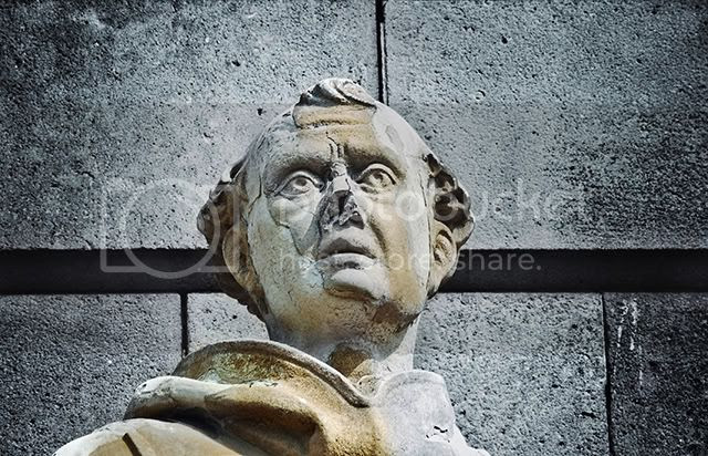 Fray Bernat de Boïl, Columbus Monument, Barcelona [enlarge]