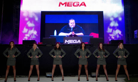 http://static.guim.co.uk/sys-images/Guardian/Pix/pictures/2013/1/20/1358692539018/Kim-Dotcom-launches-Mega-008.jpg
