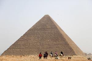 como os egípcios moveram pedras gigantes