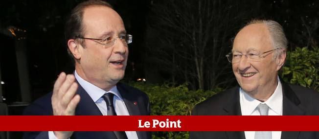 Roger Cukierman accueille François Hollande au traditionnel dîner du Crif, le 4 mars 2014 à Paris.