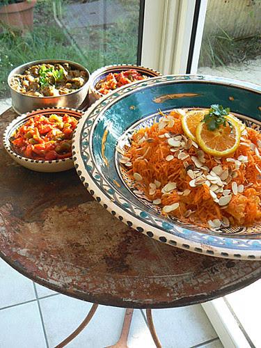salades sur table ronde.jpg