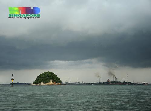 Emissions from Pulau Bukom near Pulau Jong