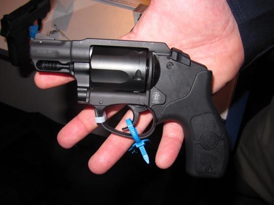 img 1194 tfb tm S&W Bodyguard 380 Pistol and 38 Revolver photo
