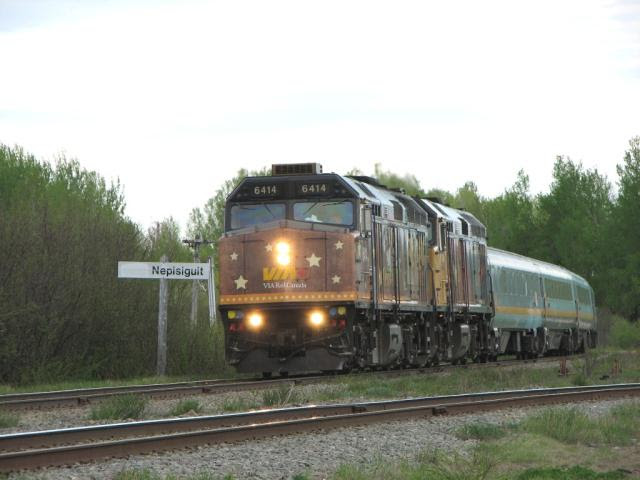 VIA 6414 at Nepisiguit Junction