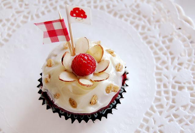 redvelvetcupcakes_5